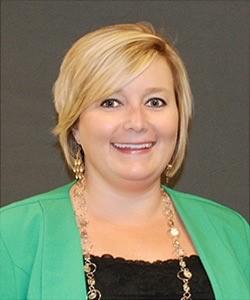 Dr. Andrea Hoke